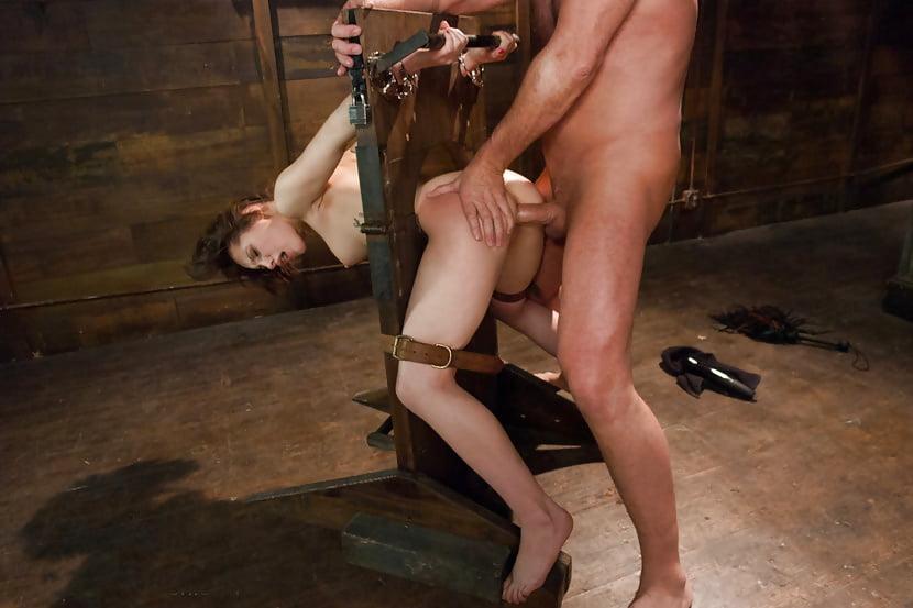 Анальное рабство смотреть