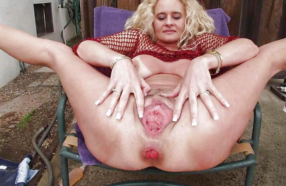 gaping huge large hole pussy Gape open