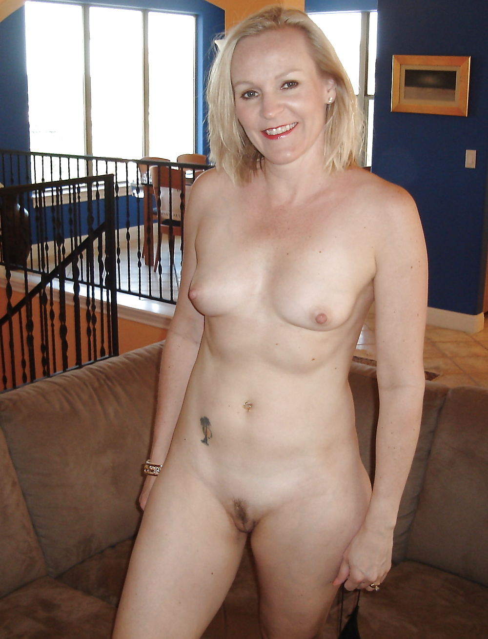 best-naked-nude-mom