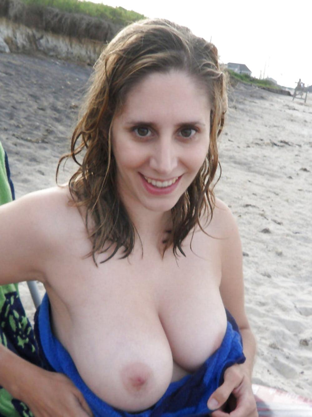 amateur-boob-mpegtures-gomez