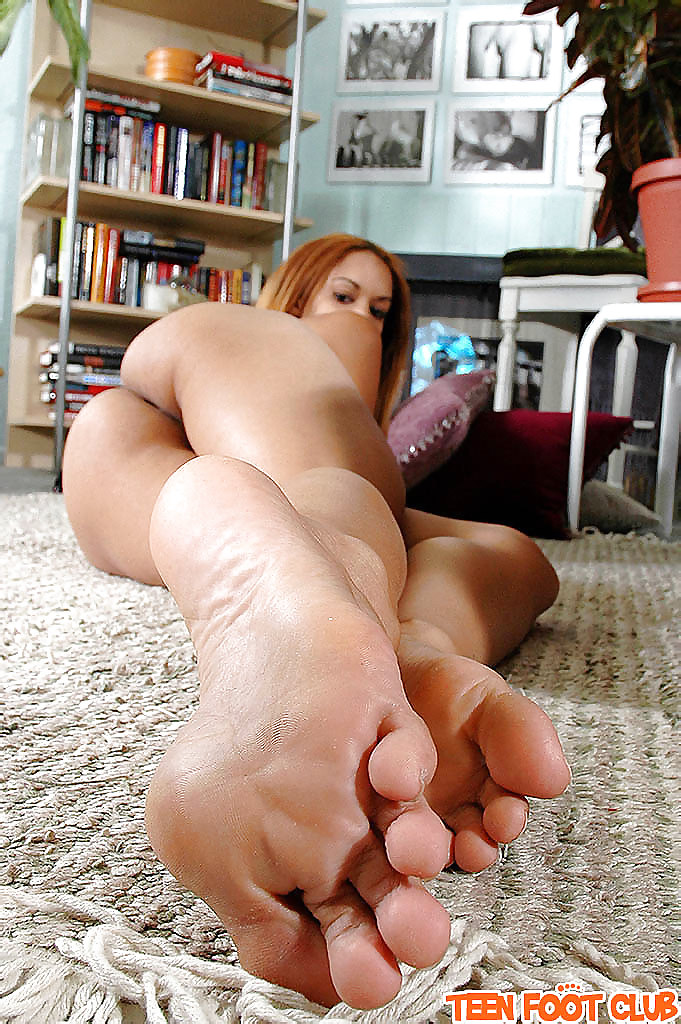 Red Hair Sexy Pretty Feet Toes Cute Sextvx 1
