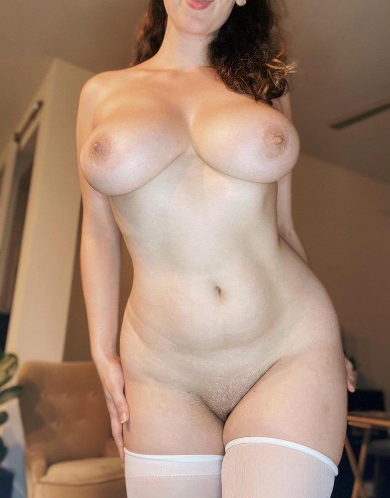Sagging huge tits-8501