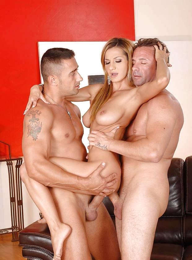 Double penetration standing up