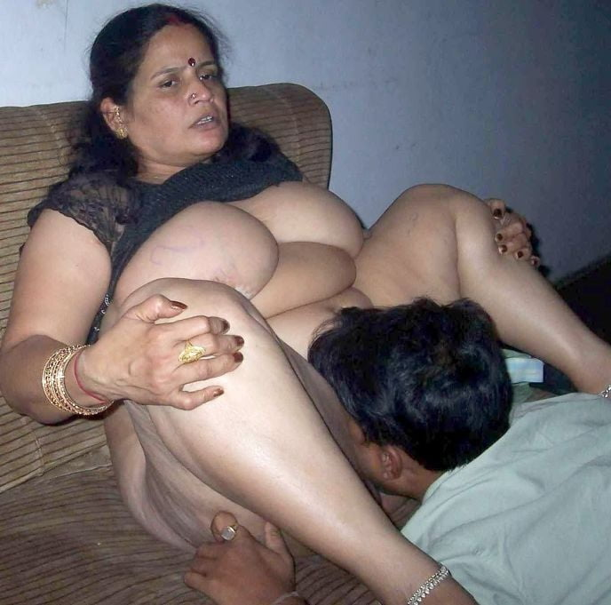 Fat ass indian mom with big saggy boobs is banged hard missionary style