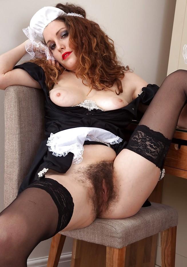 Порно фото в чулках с волосатой киской — 9