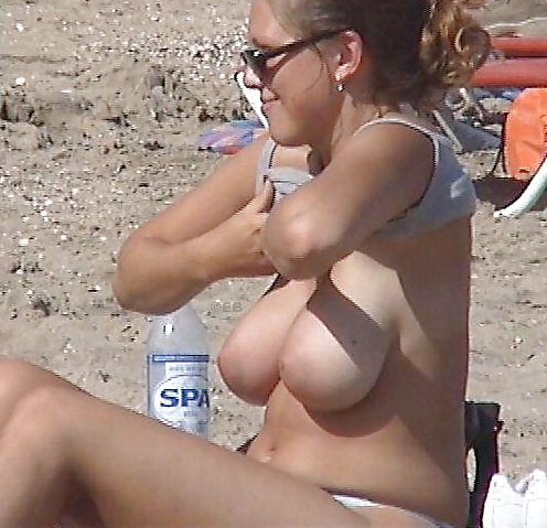 Candid photos of busty girls
