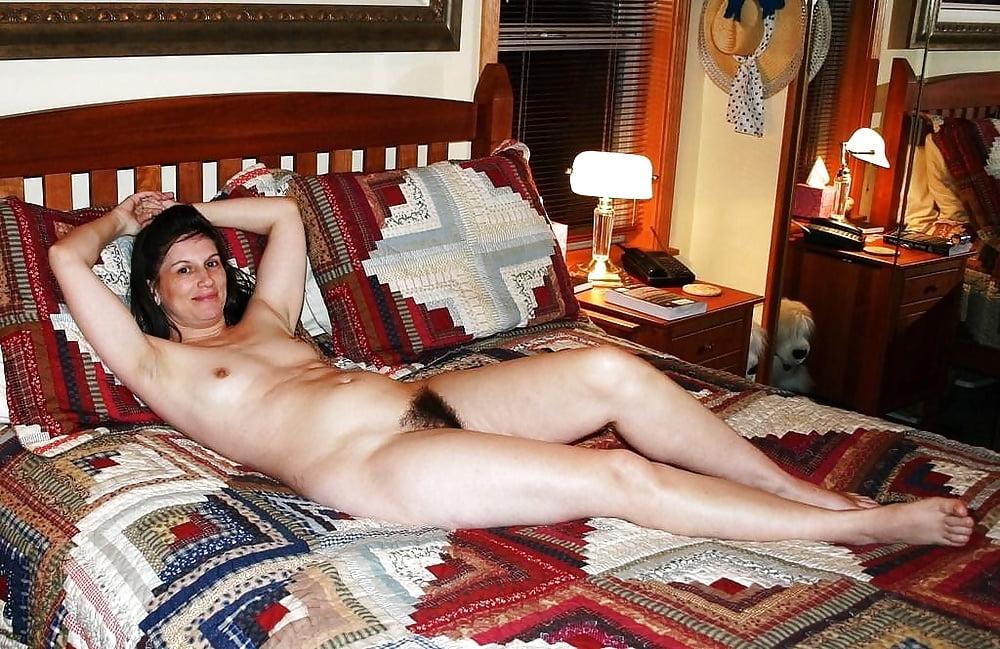 nude-waifs