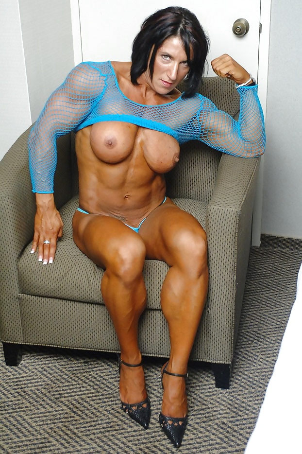 Nude old muscle chicks