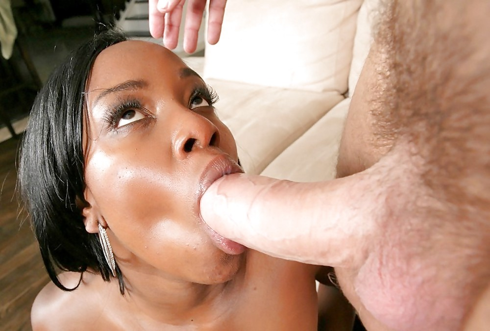 Ebony wife sucking dick