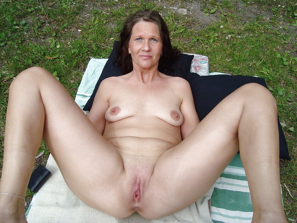 Couch Mature Naked Housewife