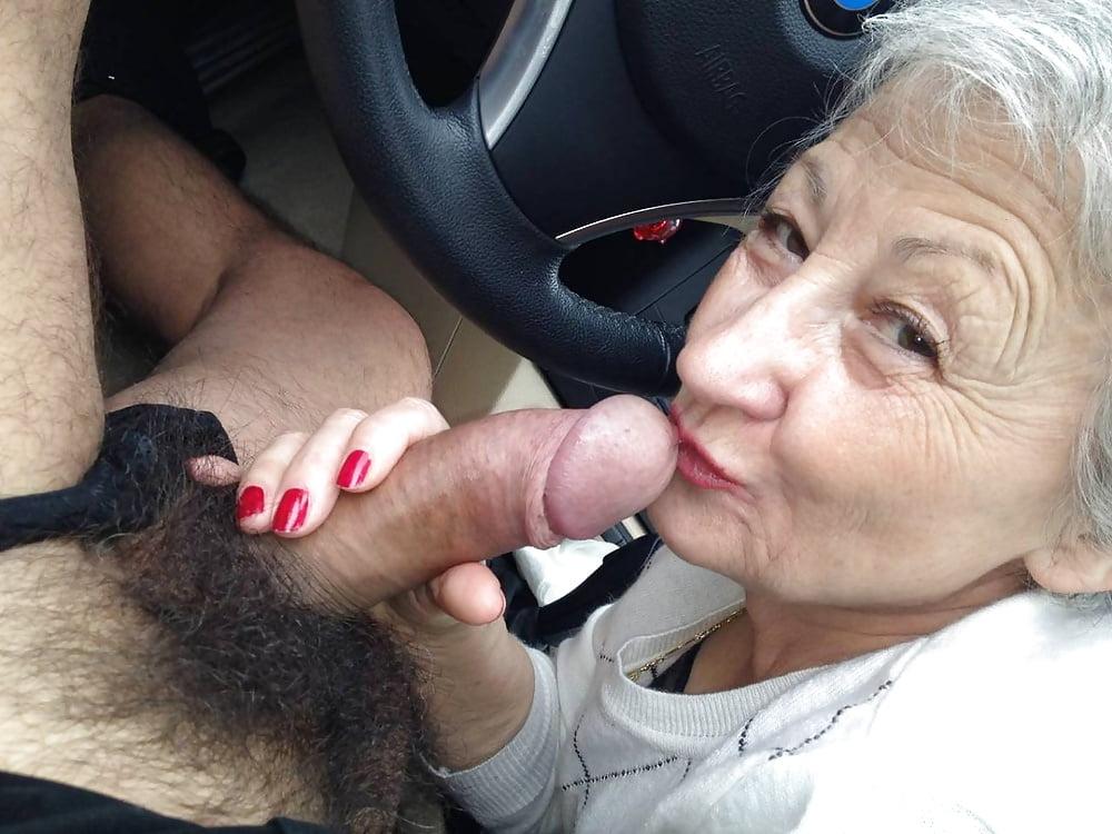 Смотреть фото женщин пожилых на члене — pic 10