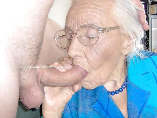 grandma-dick-mommy-button-porn-tube