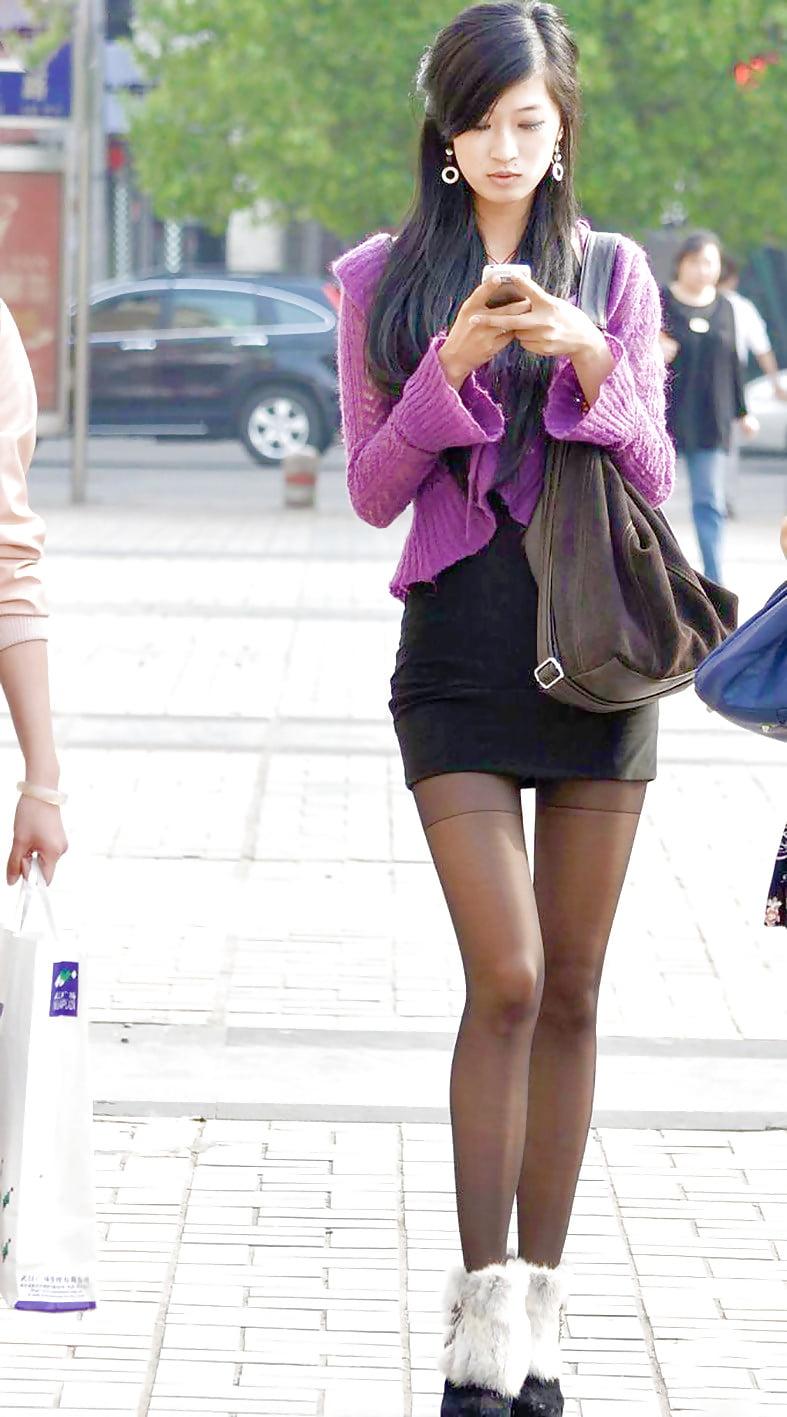 tall-asian-girl-veronika-zemanova-wet-nude