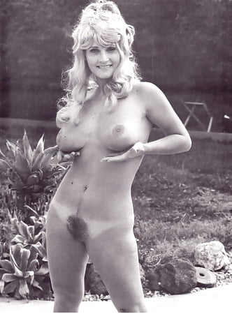 Topless Wifes And Girlfrends Nude Png