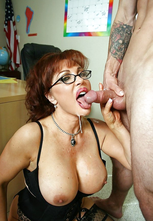 babes-nude-sexy-teacher-cum-shot-boobs-fisting