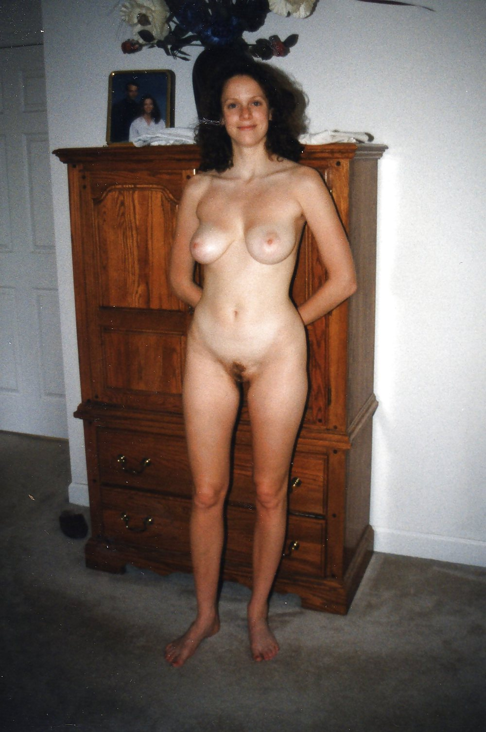 Wife poses nude for hubbys friends