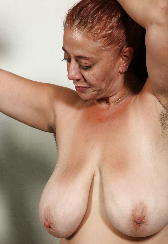 Big ole saggy tits