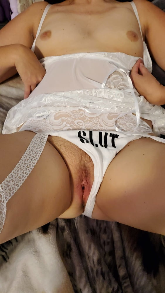 GETTING MY MARRIED CUNT READY FOR ALL OF YOUR COCKS!!! - 19 Pics