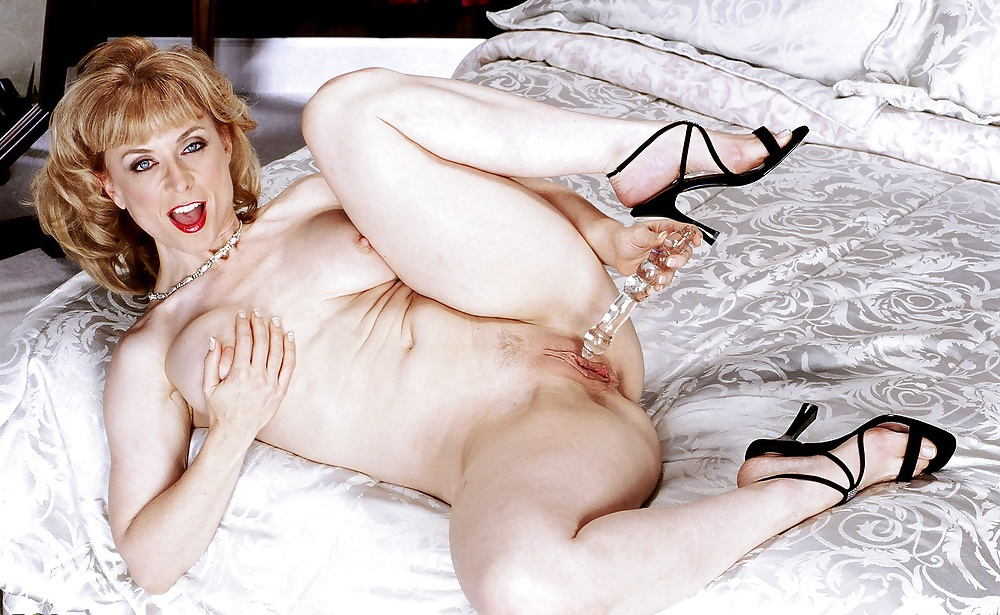 have-sex-nina-hartley-spread-eagle-photos