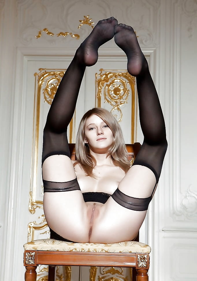 nylons-young-pussy