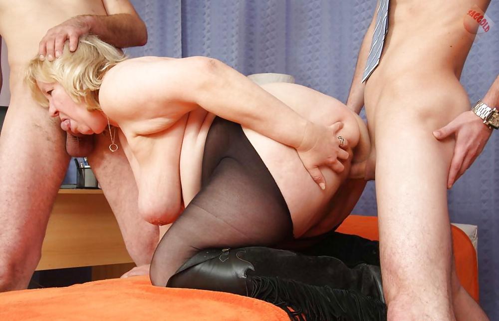Free porn grandma has her hardest orgasms in pantyhose
