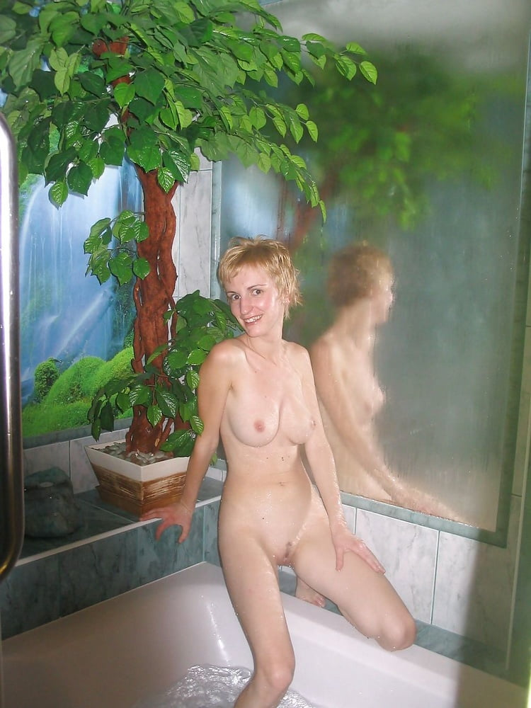 Skinny MILF Shows Her Hairy Cunt And Petite Body - 17 Pics