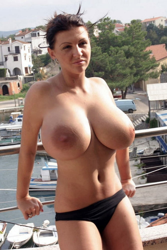 Short women with huge boobs