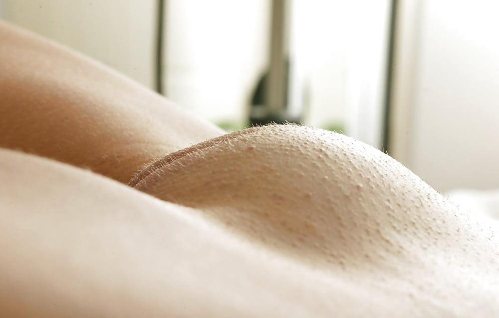 Pussy mound shot — photo 4