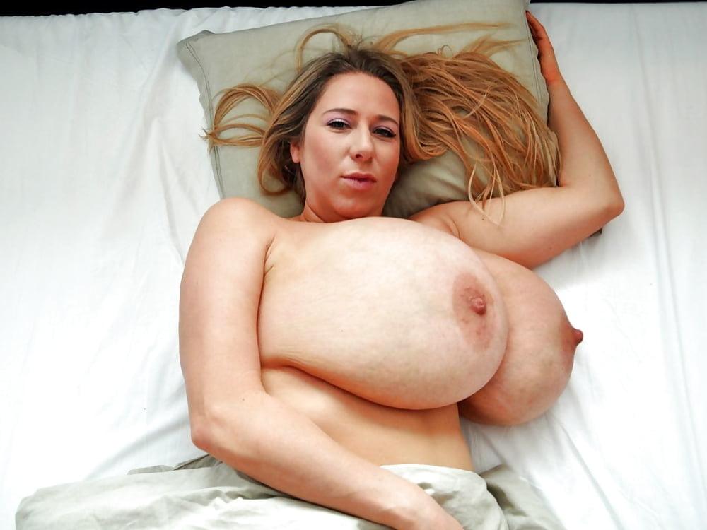 Abbi Secraa Huge Tits 1