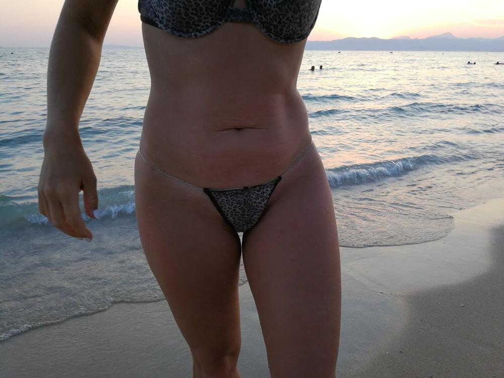 Leopard string bikini