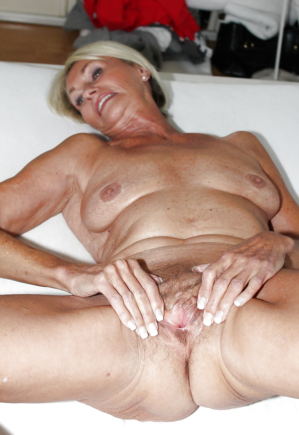 Light skin old mature granny sex 3