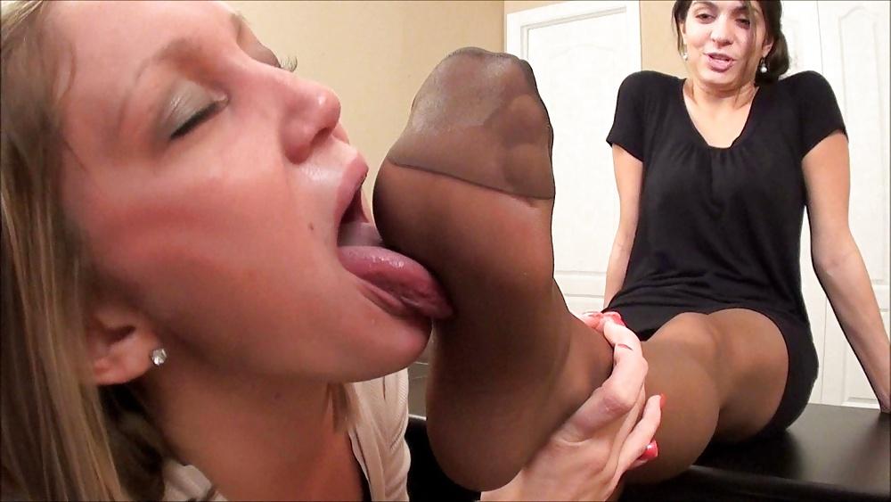 Nylon Foot Lick