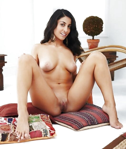Big indian women nude