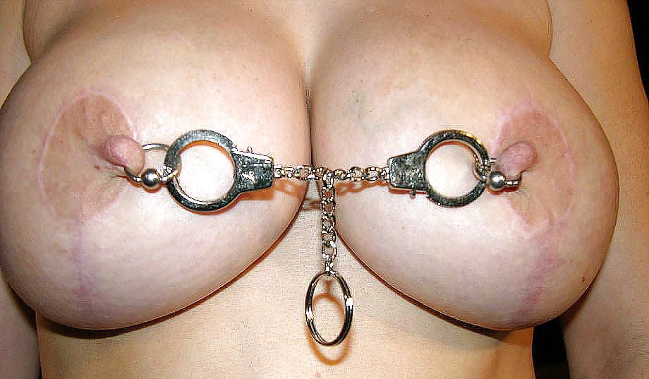 Фото украшенного члена и сосков девушки, найти пизду полон спермы