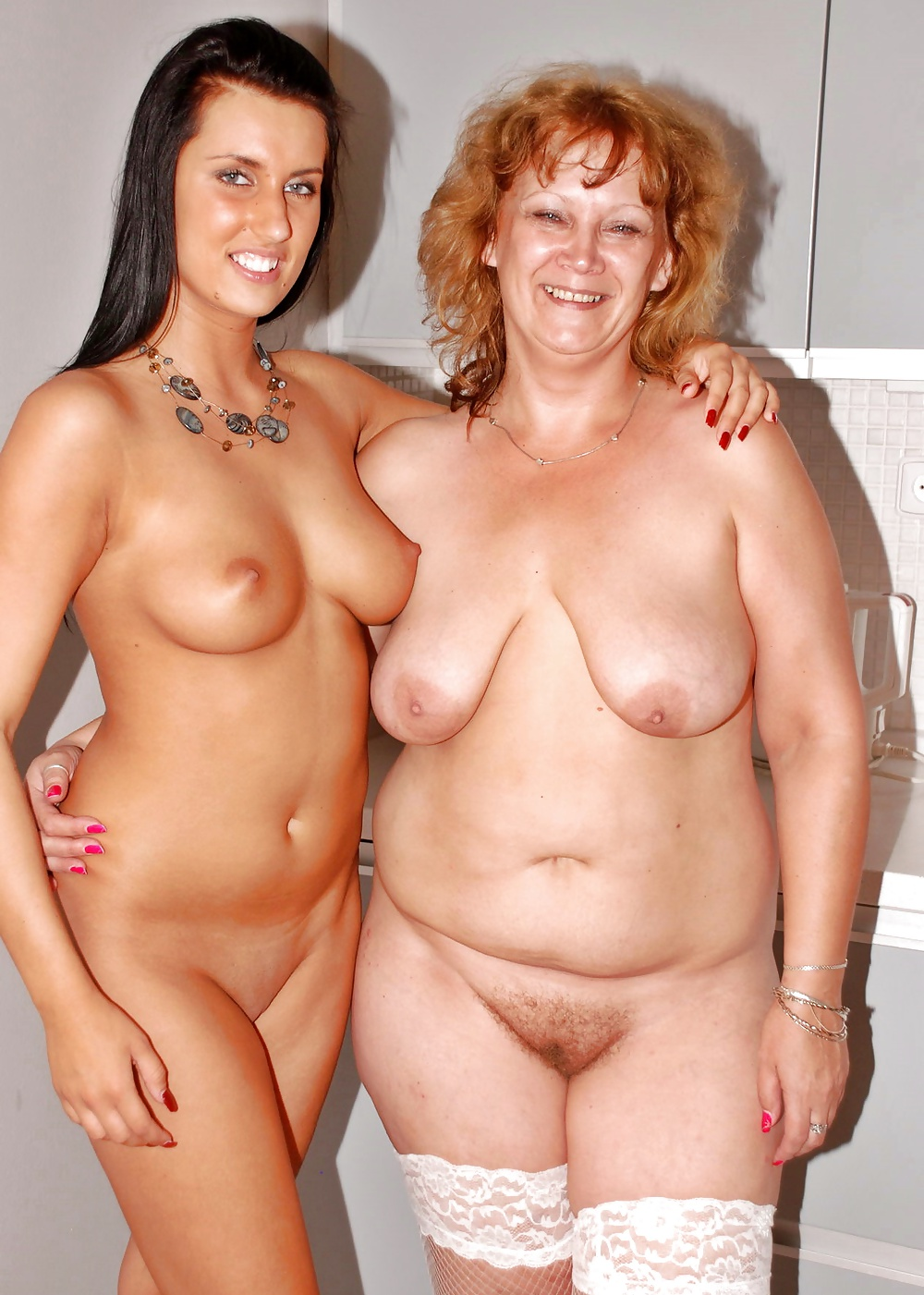mother-daughter-harem-nude