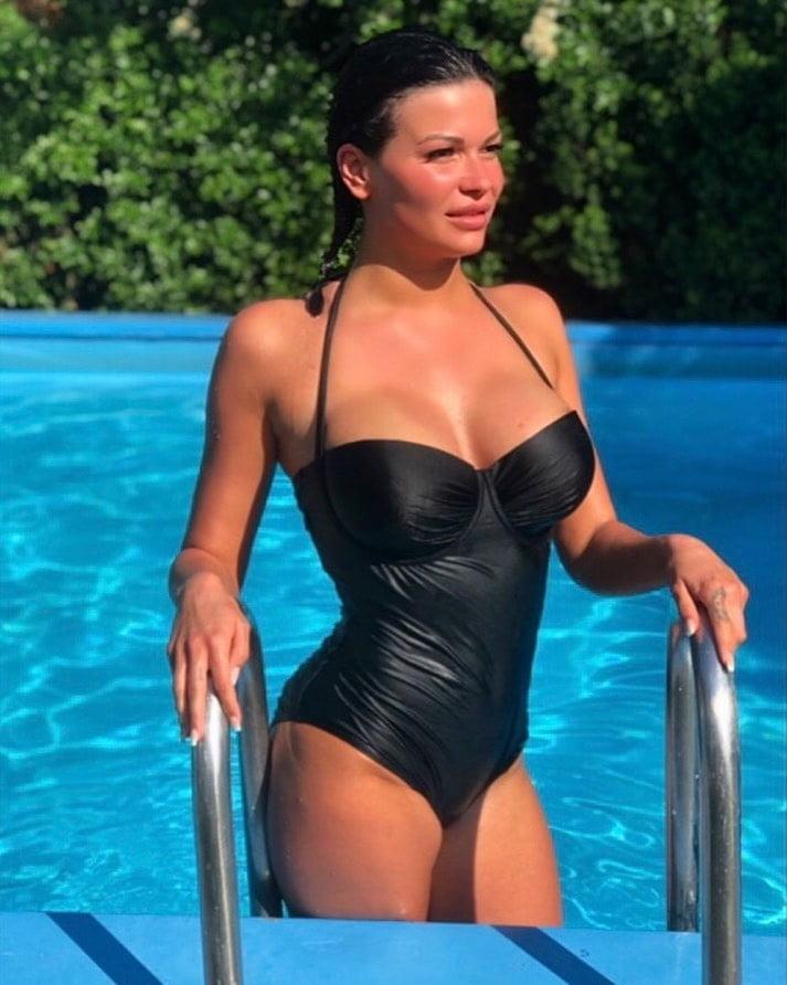 Wölki porno laura Laura HD
