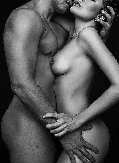man-woman-naked-sez