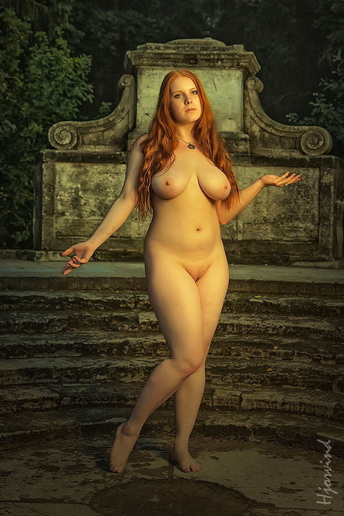 Naked Curvy Ladies, Sexy Mature Pictures, Women Porn Gallery