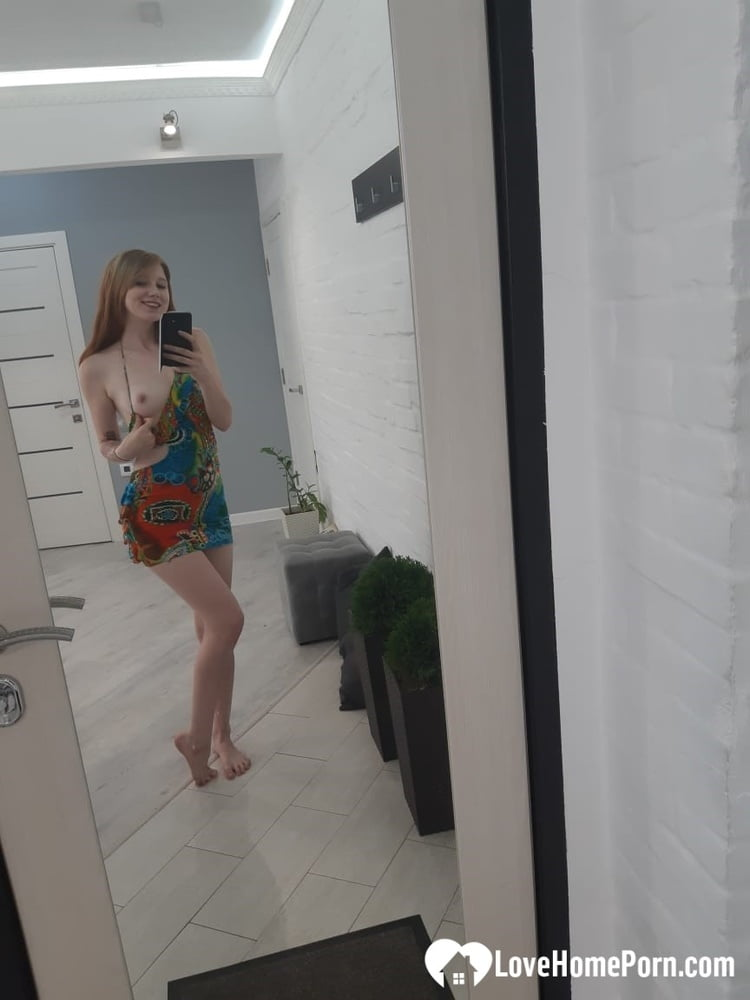 Welcoming my boyfriend in my favorite outfit - 22 Pics