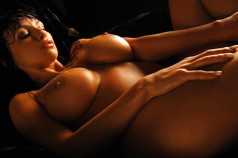 Pics erotic women — photo 1