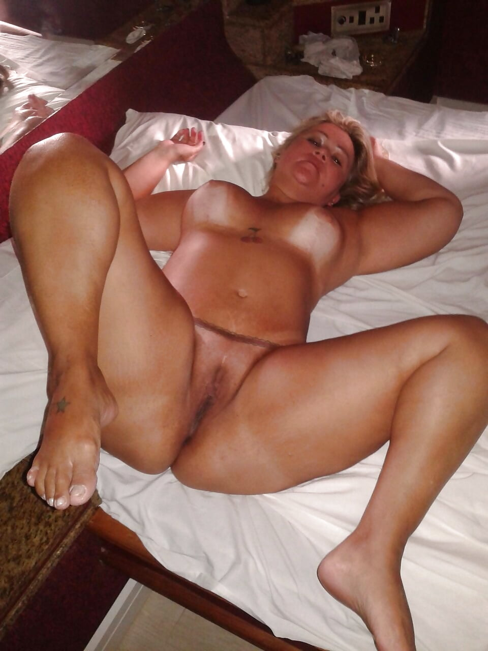 blonde brazilian milf