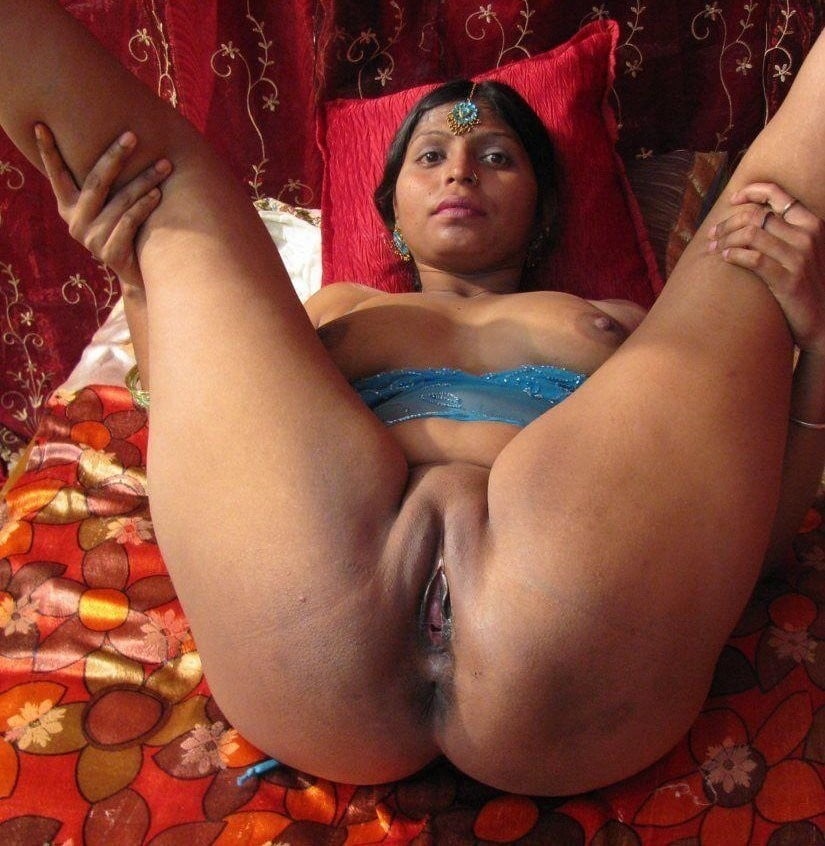Desi boy desi girl hotpussy suck girl enjoying this sucking indian