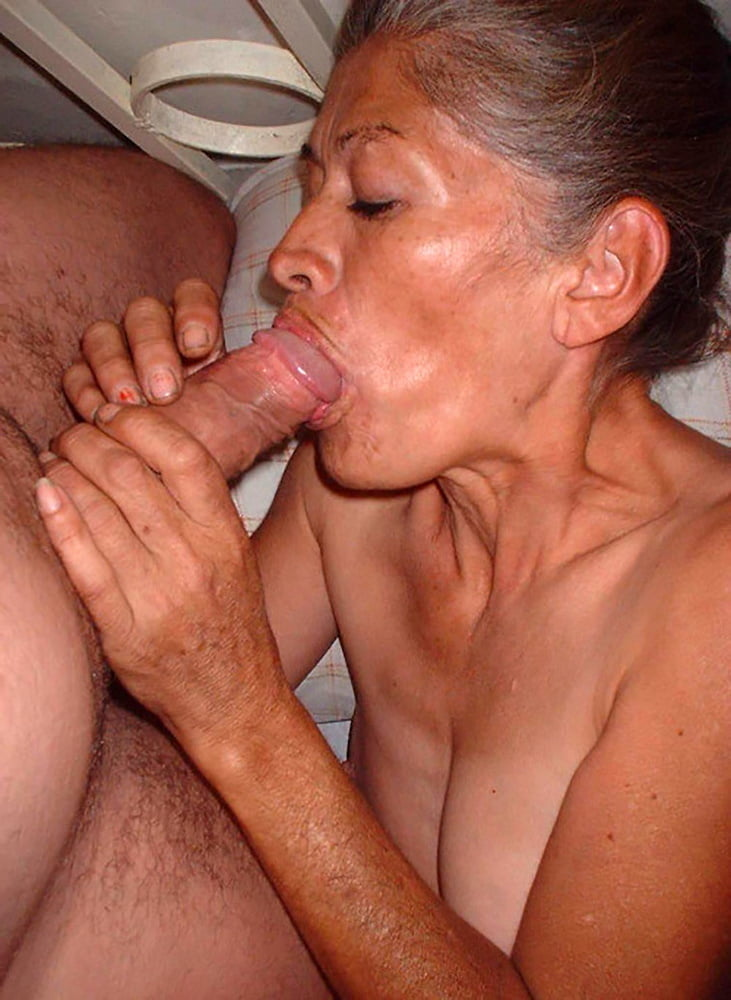 Sex galery pics with granny oral