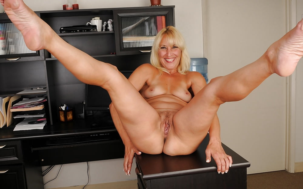 mature-pussy-housewifes-photos-of-naked-women-from-oshawa