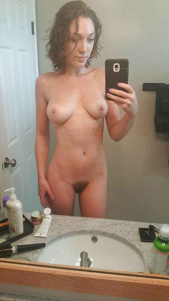 girlie-nude-mirror-nued-kasmir-girls-photo-gallery