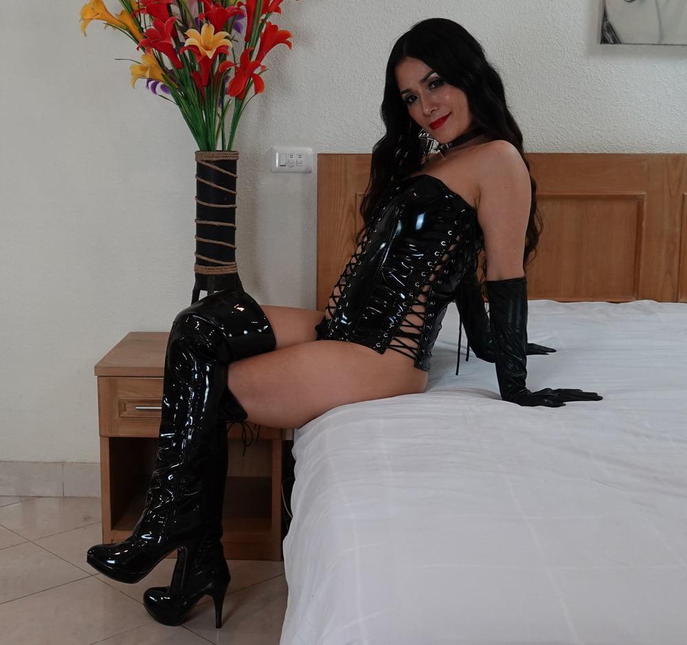 My High Boots - 39 Pics