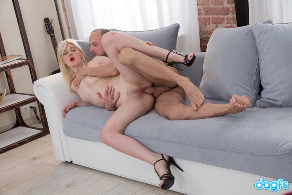 DAGFS - Amateur Blondie Maria Learns The New Tricks
