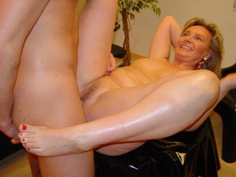 Liliput Mosen Brustwarzen Facialsex