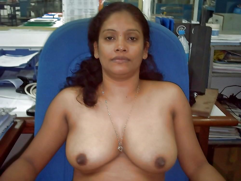 nude-office-desi-girl-college-girls-nude-usa