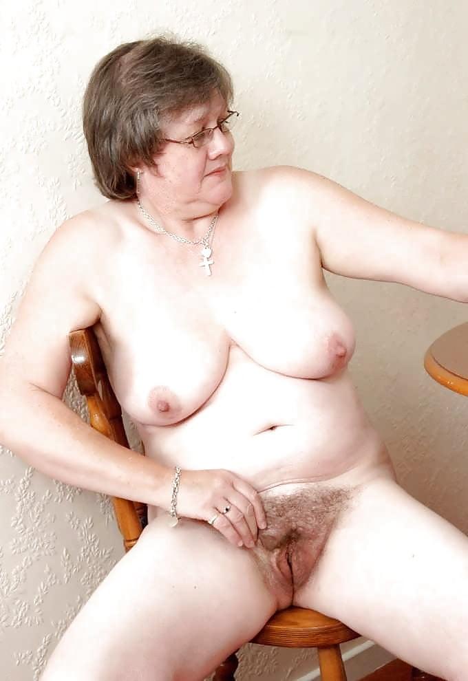 Very hairy grannies pics